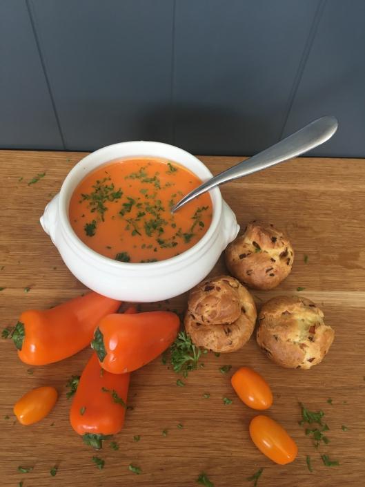 Oranje paprika soep